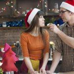 クリスマスに彼氏と過ごさないのは変!?恋人と過ごす人は少ない!?